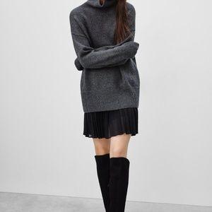 Babaton denley skirt - never worn